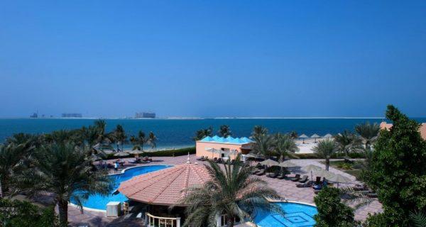 Популярный четырехзвездочный отель - Bin Majid Beach Resort, Фото nochi.com