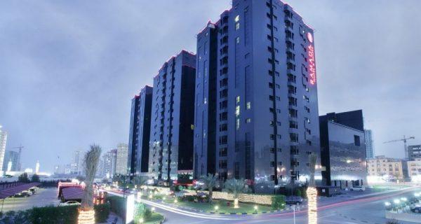 Вид ночью - четырехзвездочный отель Ramada Hotel Ajman, Фото meconstructionnews.com