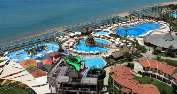 Пятизвездочный отель с аквапарком в Белеке, Фото toptrips.ru