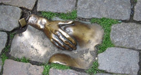 Памятник Англии, Фото yaplakal.com