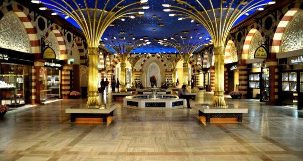 Крупнейший торговый центр Дубая - Дубай Молл, Фото royalholidaysdubai.com