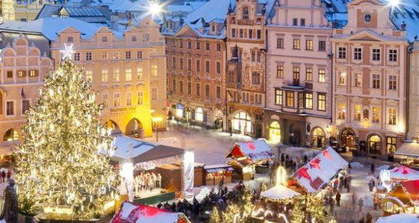 Prague's Old Town Square, Фото hollydayz.com