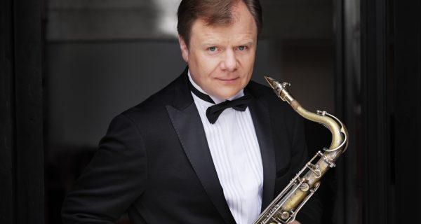 Саксофонист Игорь Бутман, Фото smartshanghai.com