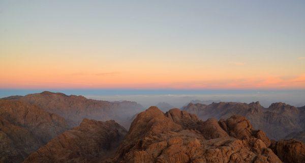 Закат на горе Моисея, Фото nat-geo.ru