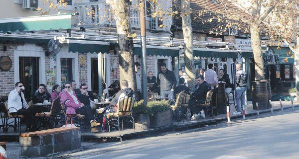 Уличная терраса в Подгородице, Фото vijesti.me
