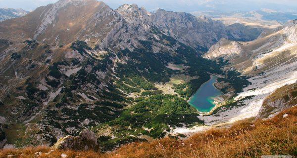 Боботов-Кук - вершина горного массива, Фото hellotraveler.ru