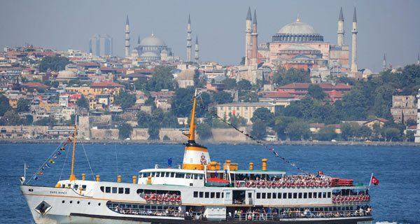 Паром через Босфор. Стамбул