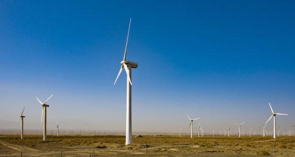 Ветряная ферма Дабанчэн в Урумчи