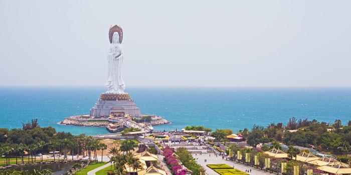 Панорамный вид на статую богини Гуаньинь