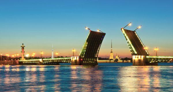 Разводные мосты в Санкт-Петербурге. Фото tu-tu.ru