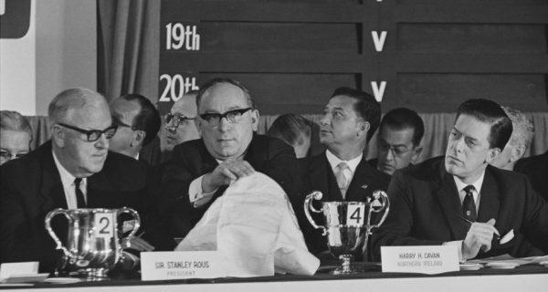 Жеребьевка чемпионата мира-1966 в лондонском отеле. Фото: GettyImages