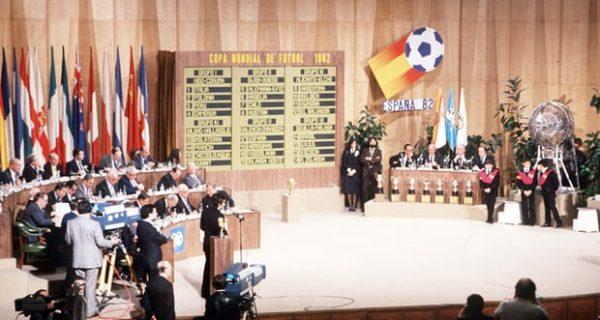Жеребьёвка Кубка мира 1982 года в Мадриде. Фото: GettyImages