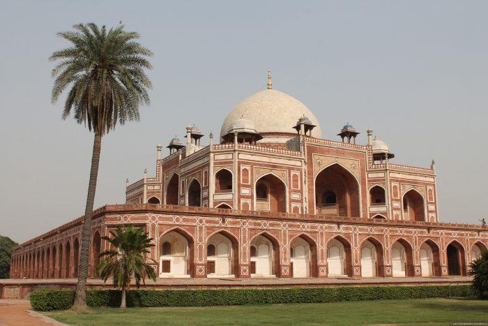 Мавзолей Хумаюна в Дели. Фото tourister.ru