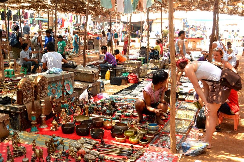 Рынок в Анджуне по средам