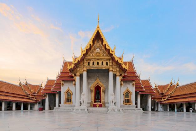 Мраморный Храм - Бангкок, Таиланд. Фото freepik.com