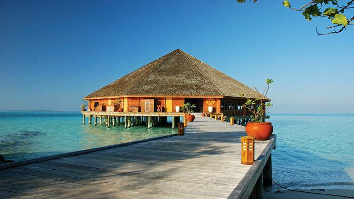 Прибрежный ресторан на Мальдивах