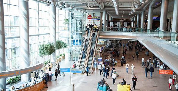 Внутри терминала Домодедово
