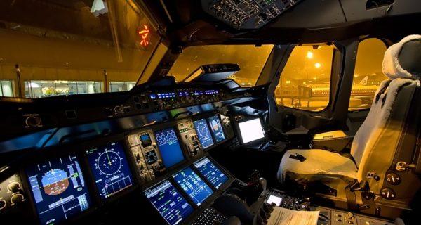 Кабина пилотов Аэробус A380
